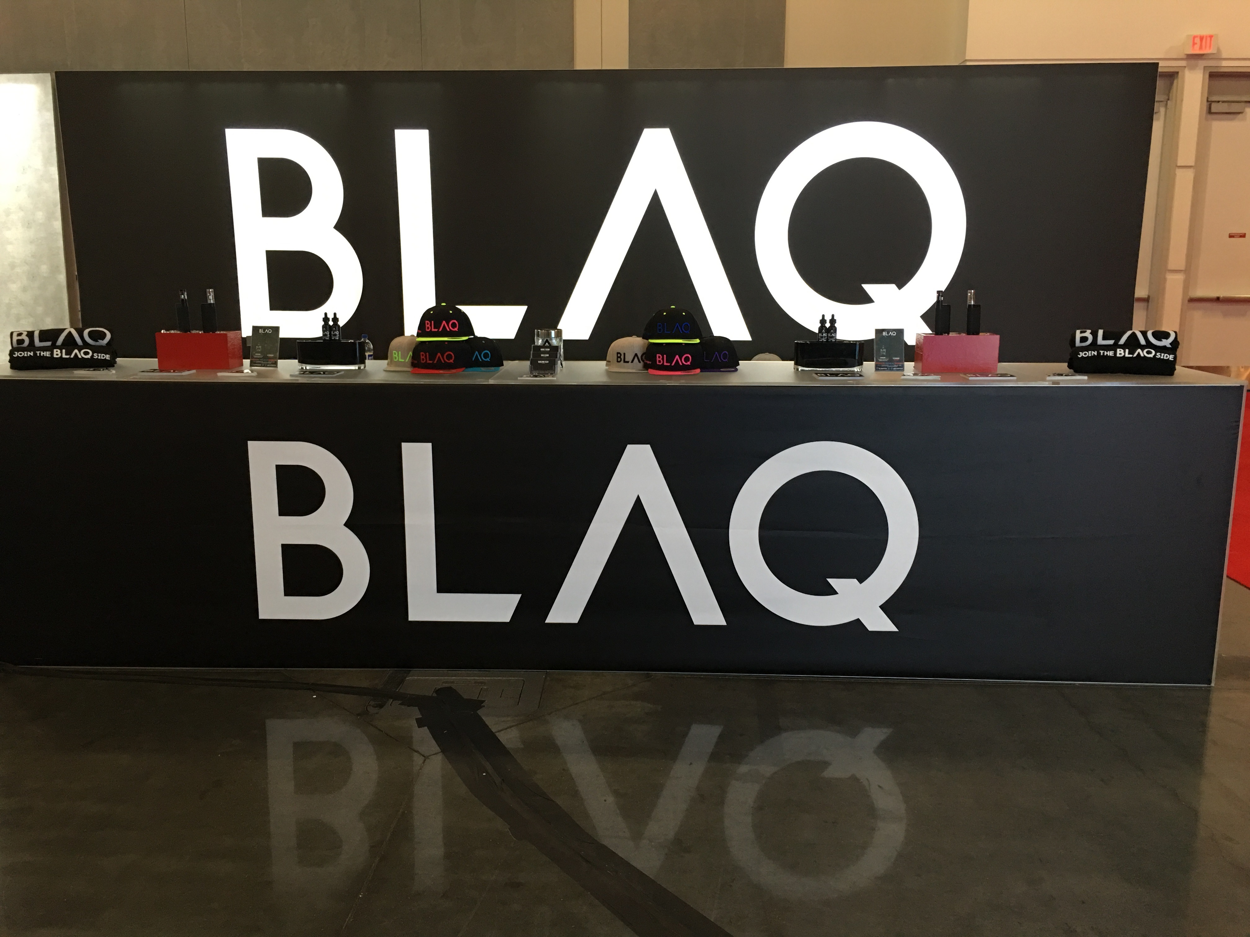 Blaq-10x20-Booth-Backlit