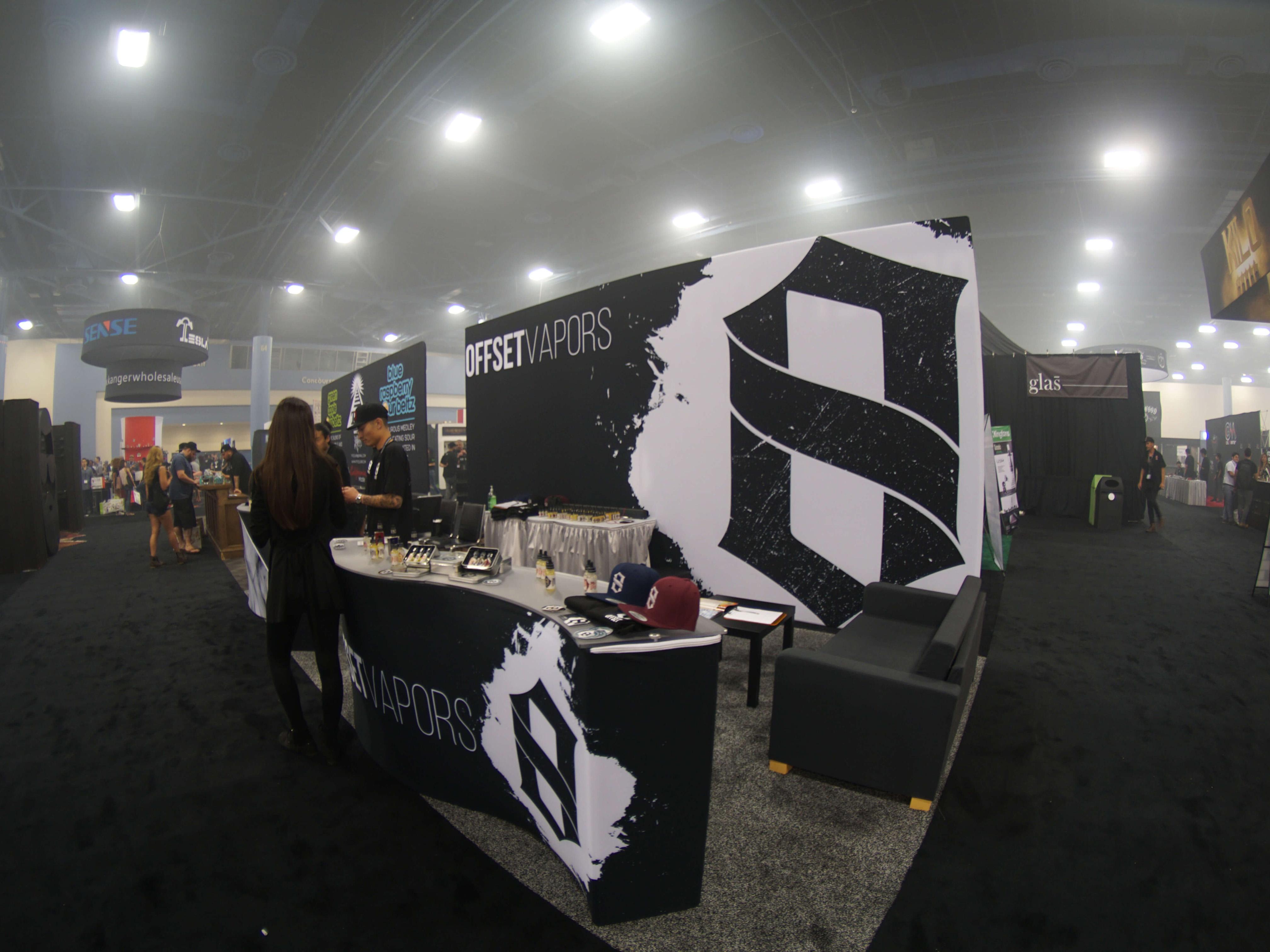 offset-vapor-tradeshow-booth