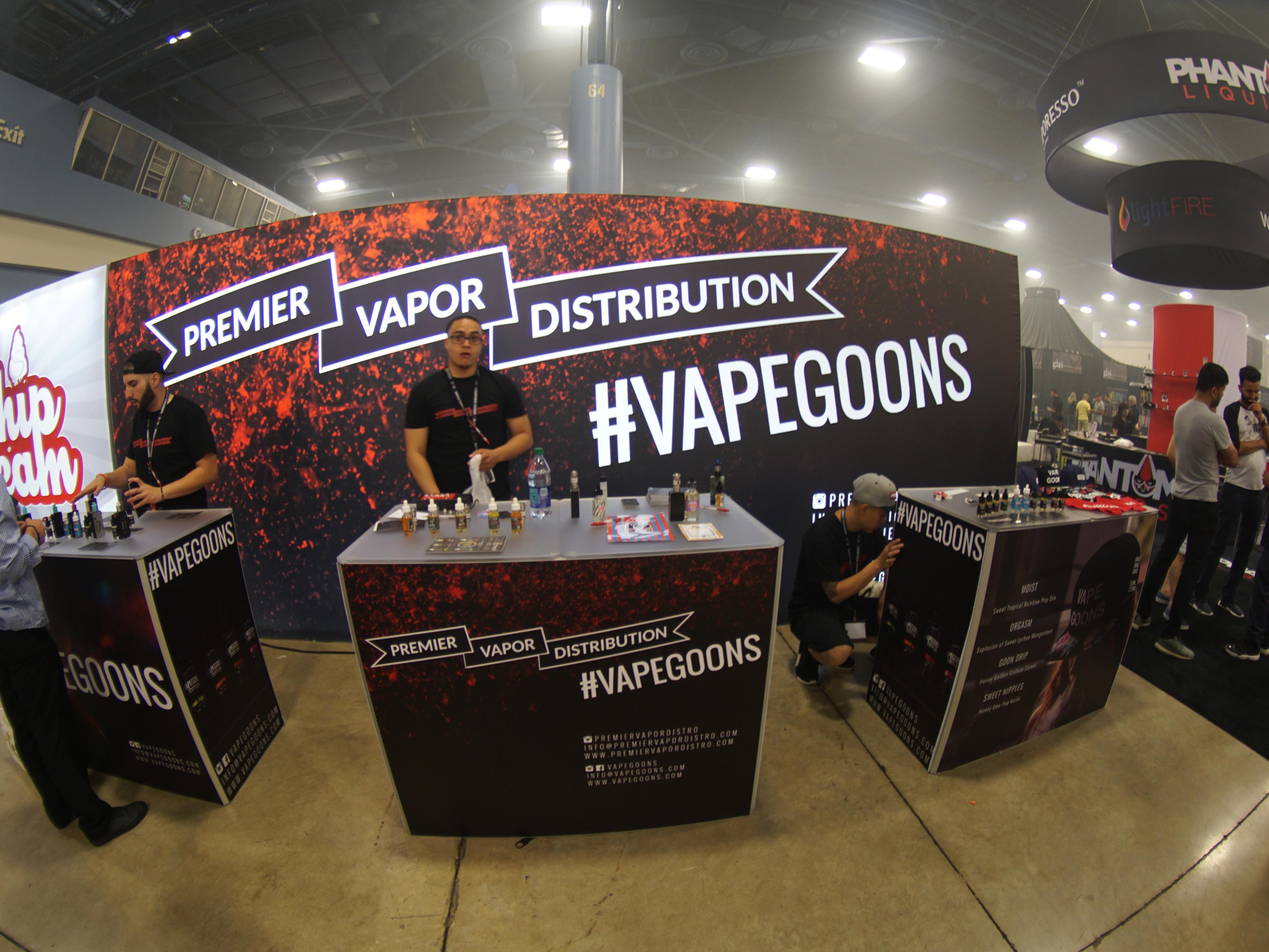 premier-vapor-tradeshow-booth