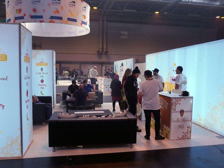 Moo-Tradeshow-booth-2